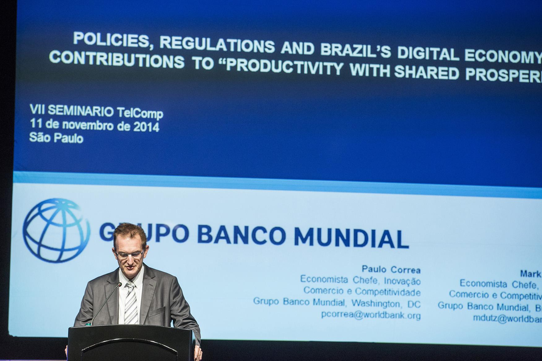 Dr. Mark Dutz economista principal Banco Mundial